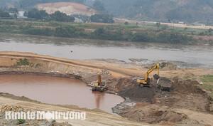 Vụ khoáng sản từ dự án chạy về bãi tập kết: Có bất thường trong việc kiểm tra của Sở TN&MT Lào Cai?