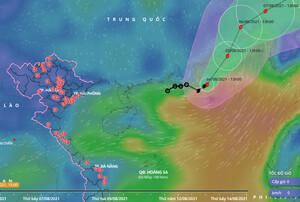 Bão số 4 giật cấp 10 hoạt động mạnh trên biển Đông