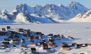 Vẻ đẹp tinh khôi trên hòn đảo băng tuyết lớn nhất thế giới