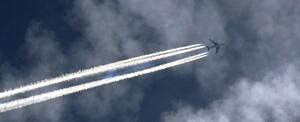 """Ngành hàng không đang """"sưởi ấm"""" trái đất"""