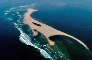 Chưa thể nắm được quy luật bồi, xói của cồn cát nổi lên giữa biển Hội An