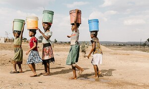 Cần hành động nhanh chóng để bảo vệ nguồn nước và ứng phó với BĐKH