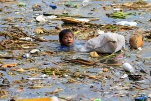 Tổng thống Philippines 'hâm nóng' ý tưởng cấm nhựa